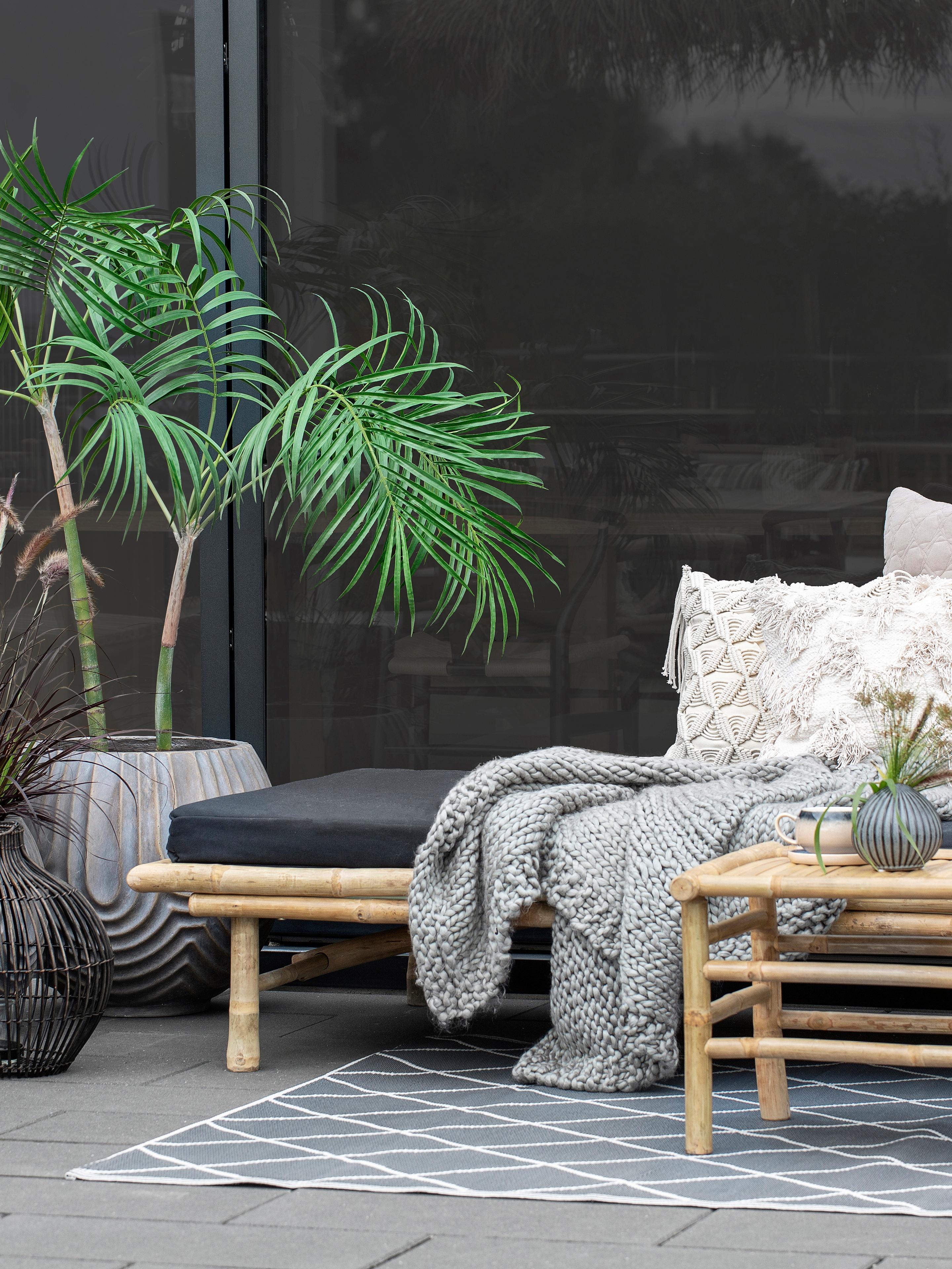 Bamboehouten daybed Mandisa met ligkussen, Frame: bamboehout, naturel, Bamboehoutkleurig, zwart, B 215 x D 100 cm