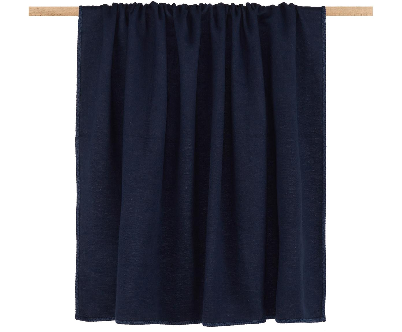 Fleece-Plaid Sylt in Marineblau mit Steppnaht, Webart: Jacquard, Marineblau, 140 x 200 cm