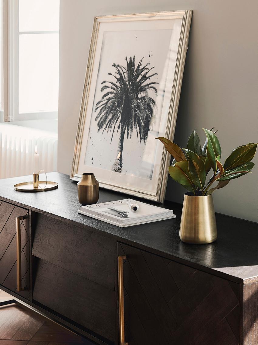 Credenza bassa con finitura in acacia Class, Corpo: marrone Piedini e manici: ottone, Larg. 180 x Alt. 60 cm