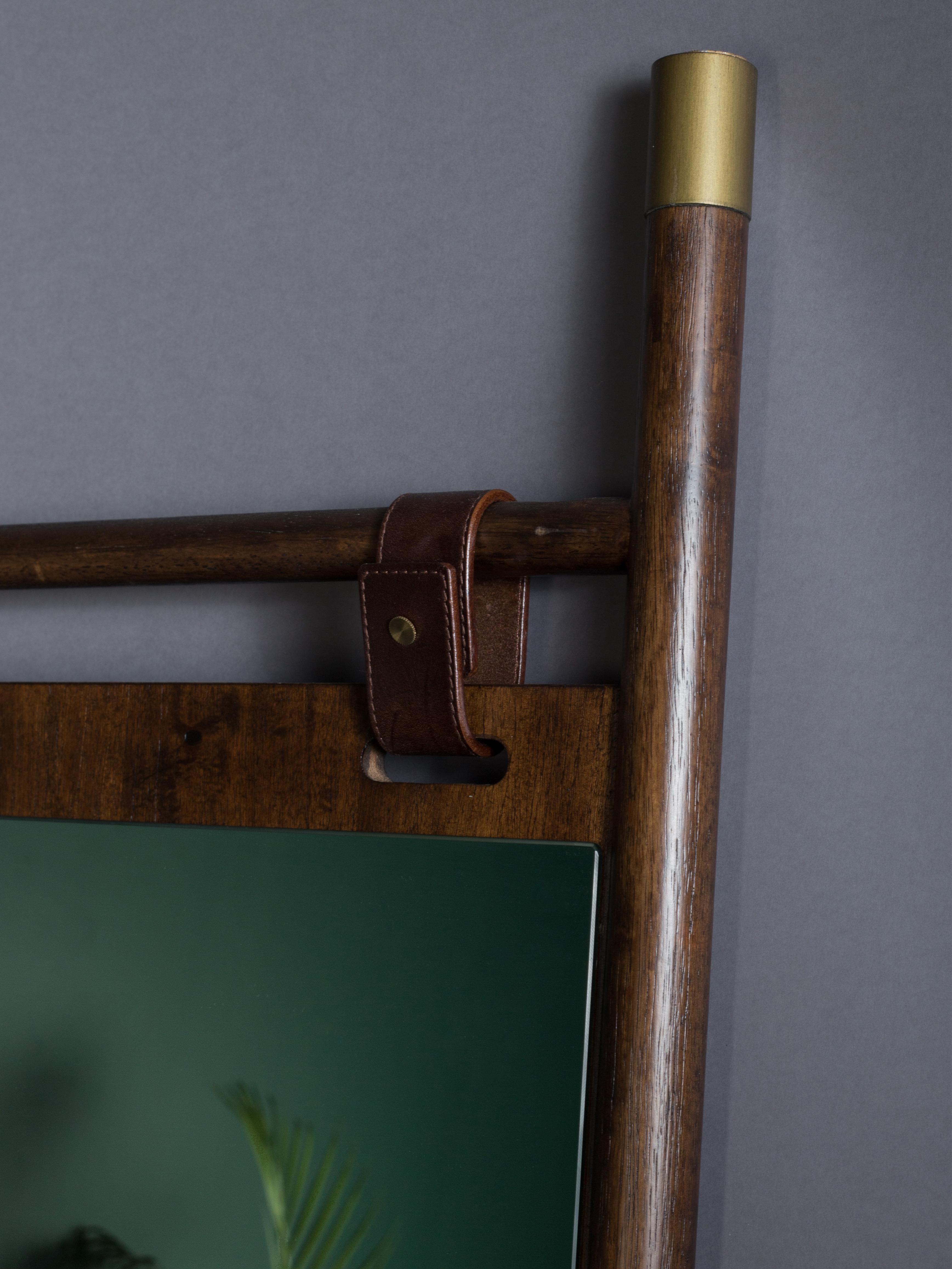 Dunkelbrauner Anlehnspiegel Riva mit Lederbändern, Rahmen: Buchenholz, Spiegelfläche: Spiegelglas Lederstreifen, Rahmen: DunkelbraunSpiegelfläche: Spiegelglas, 60 x 180 cm