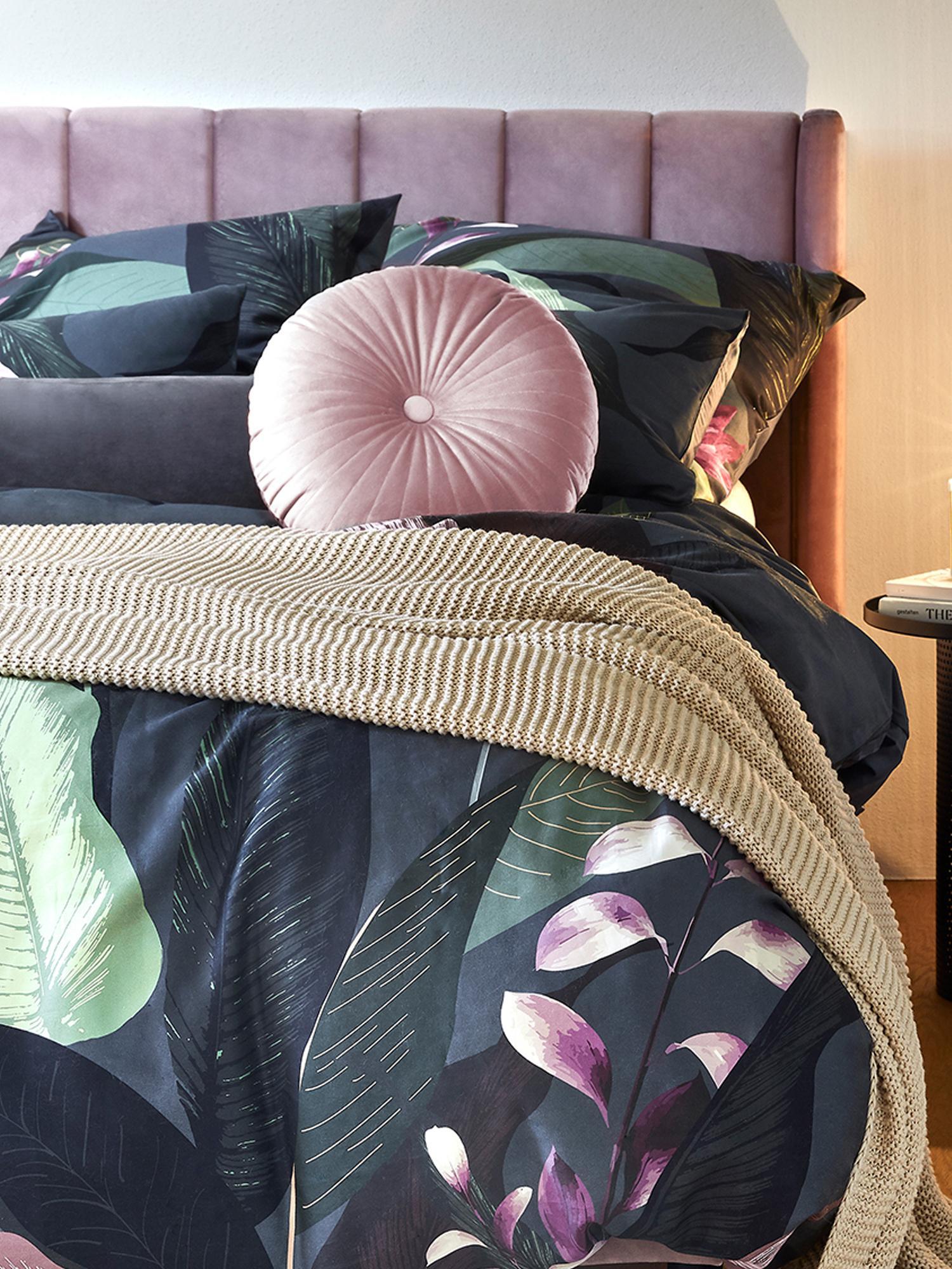 Lesklý kulatý sametový polštář Monet, svýplní, Tmavě růžová