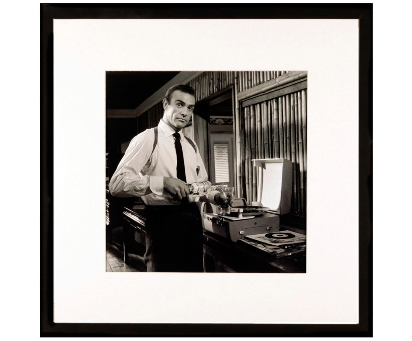 Ingelijste digitale print Connery, Lijst: kunststof, Print: zwart, wit. Lijst: zwart, 40 x 40 cm