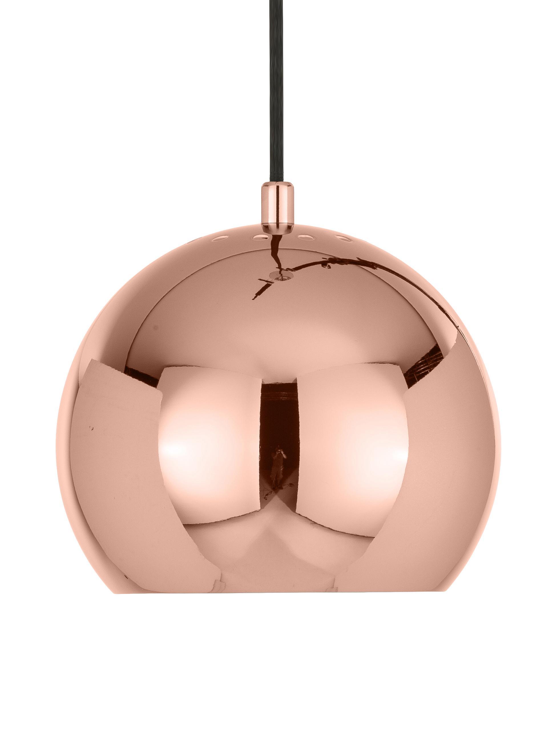 Mała lampa wisząca Ball, Metal powlekany, Odcienie miedzi, Ø 18 x W 16 cm