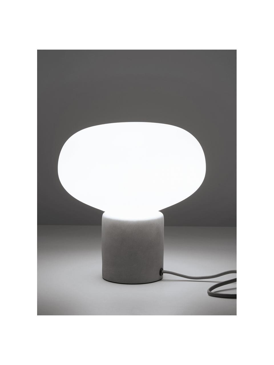 Lampada da tavolo con base in cemento Alma, Base della lampada: cemento, Paralume: vetro, Base della lampada: cemento grigiastro Paralume: bianco, Ø 23 x Alt. 24 cm