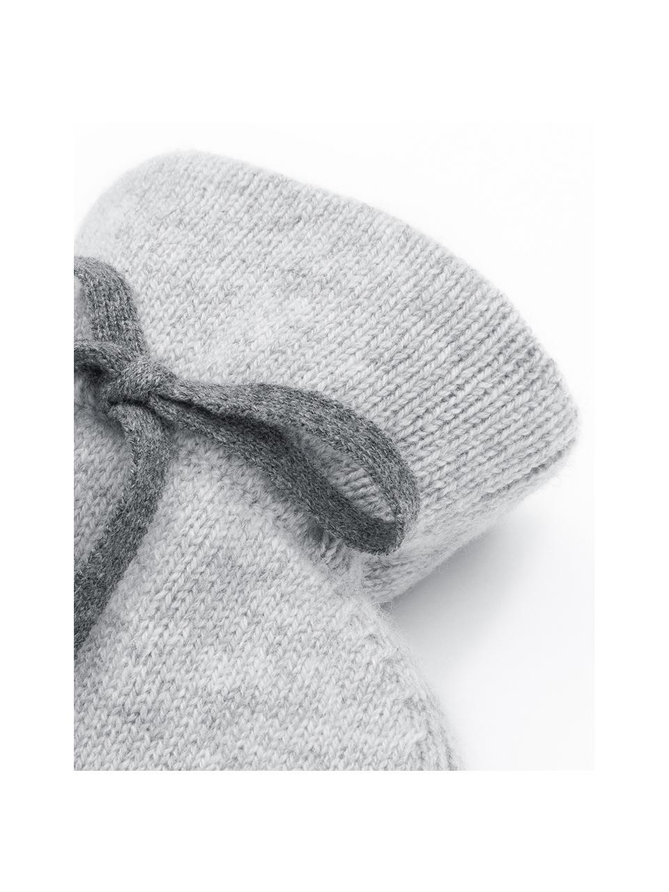 Kaschmir-Wärmflasche Florentina, Bezug: 70% Kaschmir, 30% Merinow, Bezug: HellgrauZierschleife: DunkelgrauWärmflasche: Cremeweiß, 19 x 30 cm