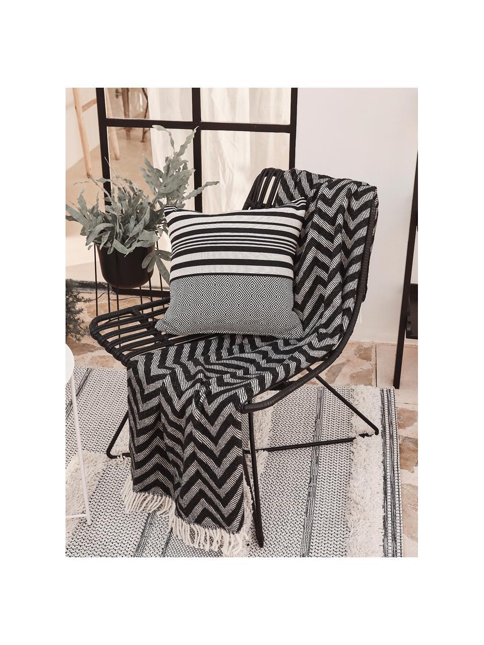 Polyratten-Loungesessel Costa in Schwarz, Sitzfläche: Polyethylen-Geflecht, Gestell: Metall, pulverbeschichtet, Schwarz, Schwarz, B 64 x T 64 cm