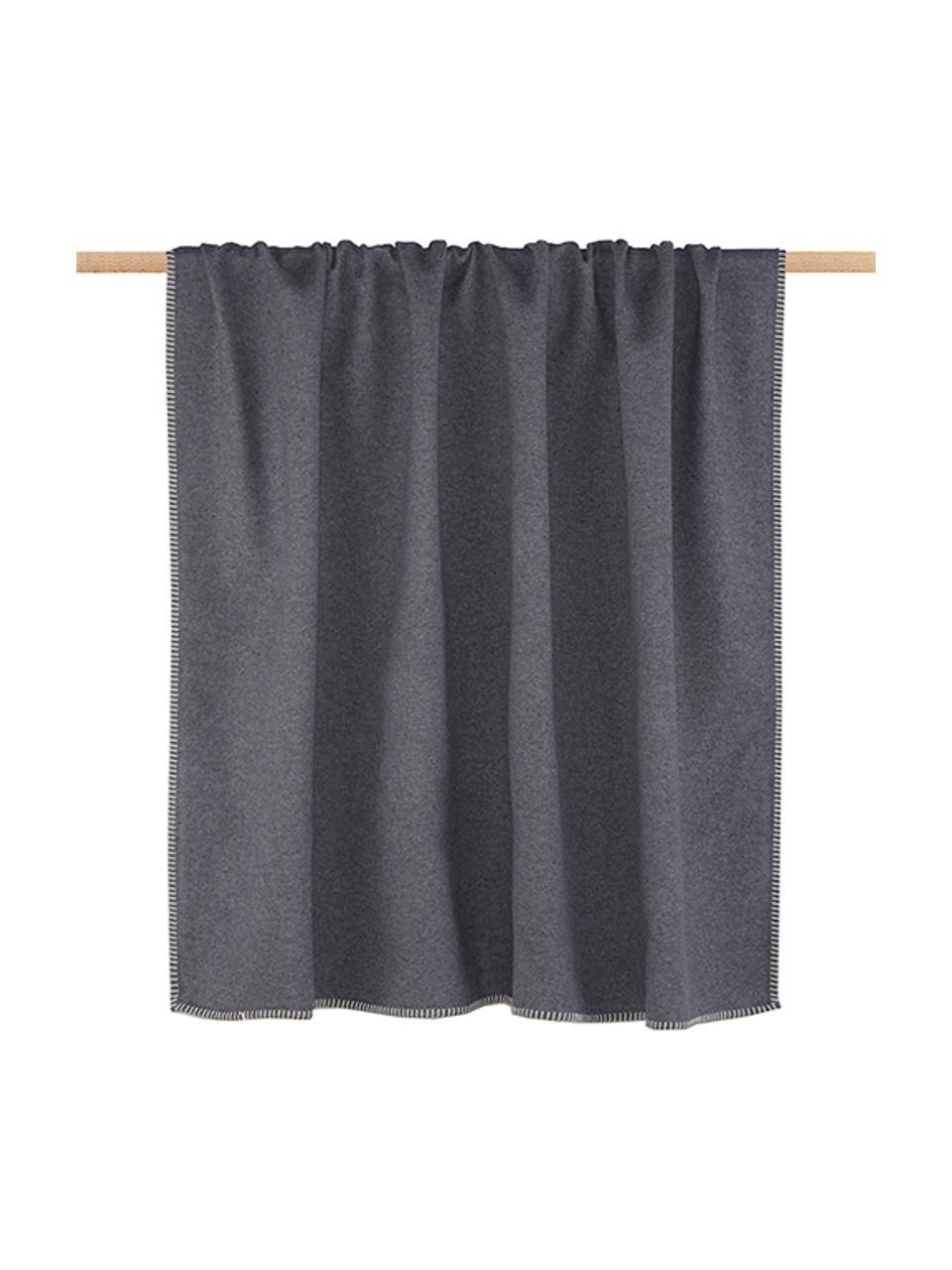 Plaid Sylt in Grau mit Steppnaht, Webart: Jacquard, Grau, 140 x 200 cm