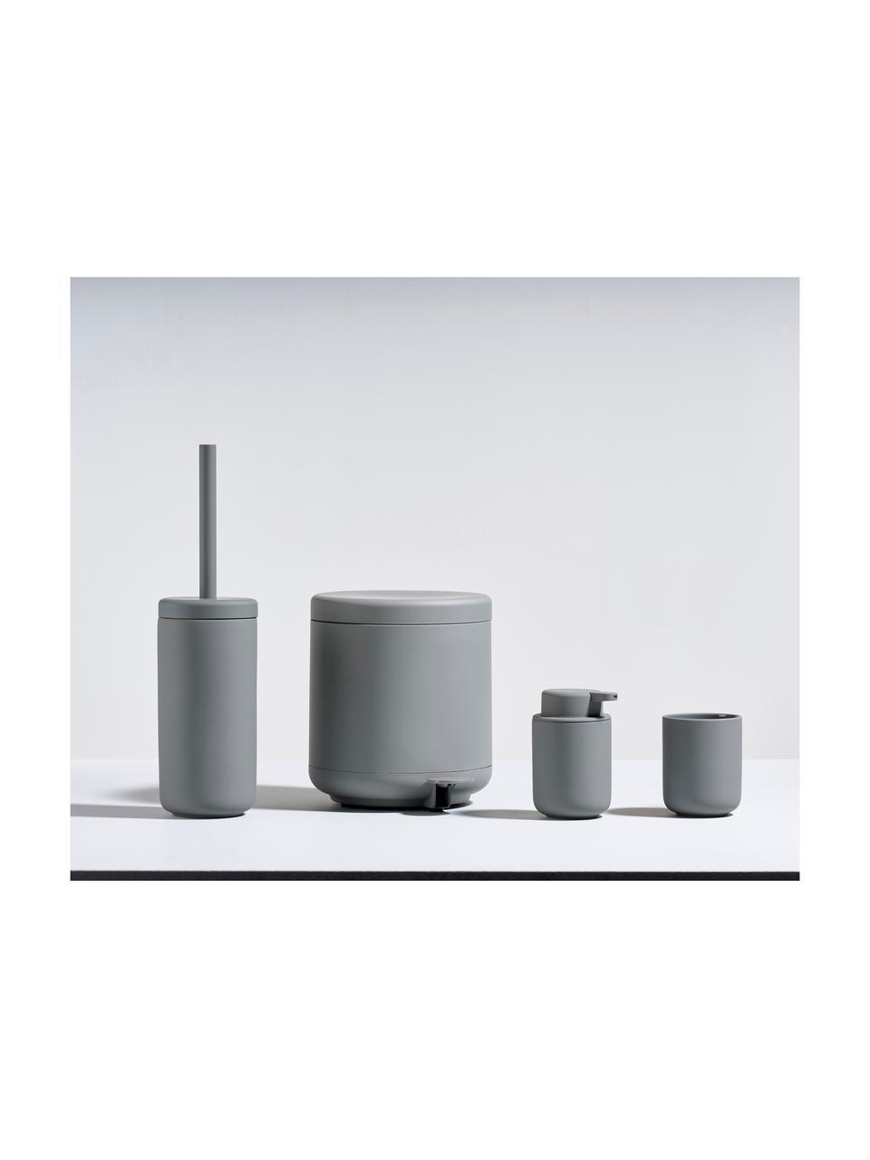 Zahnputzbecher Ume aus Steingut, Steingut überzogen mit Soft-touch-Oberfläche (Kunststoff), Grau, matt, Ø 8 x H 10 cm
