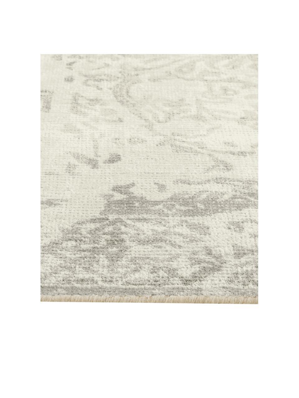 Vintage Teppich Florentine, Wolle/Viskose, 50% Wolle, 50% Viskose  Bei Wollteppichen können sich in den ersten Wochen der Nutzung Fasern lösen, dies reduziert sich durch den täglichen Gebrauch und die Flusenbildung geht zurück., Beige, Hellgrau, B 140 x L 200 cm (Größe S)