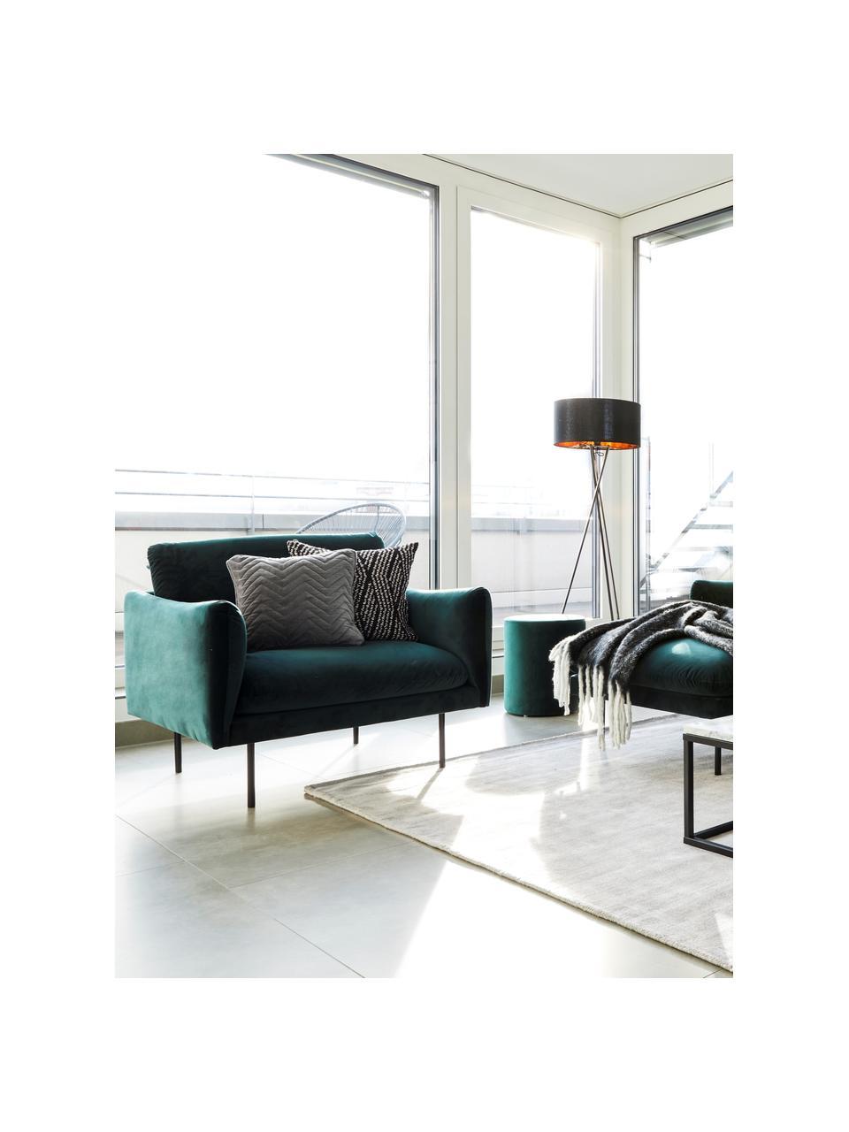 Fotel z aksamitu z metalowymi nogami Moby, Tapicerka: aksamit (wysokiej jakości, Stelaż: lite drewno sosnowe, Nogi: metal malowany proszkowo, Aksamitny ciemny zielony, S 90 x G 90 cm