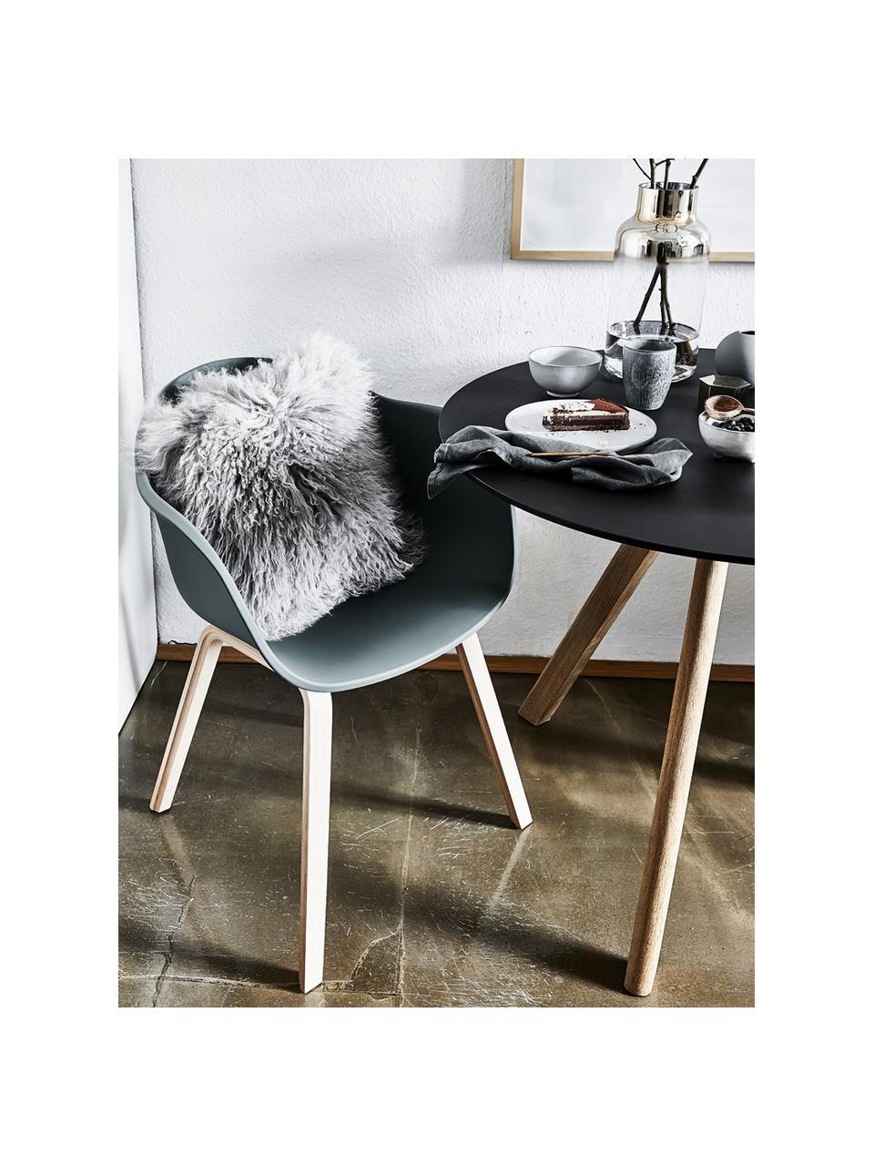 Kunststoff-Armlehnstuhl Claire mit Holzbeinen, Sitzschale: Kunststoff, Beine: Buchenholz, Grün, B 60 x T 54 cm