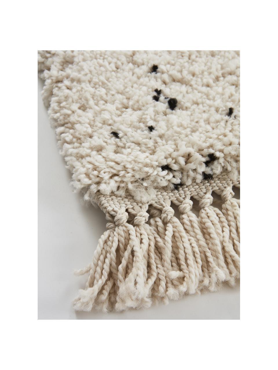 Gesprenkelter Hochflor-Teppich Ludde mit Fransenabschluss, 68% Polypropylen, 27% Jute, 5% Polyester, Wollweiß, Schwarz, B 160 x L 230 cm (Größe M)