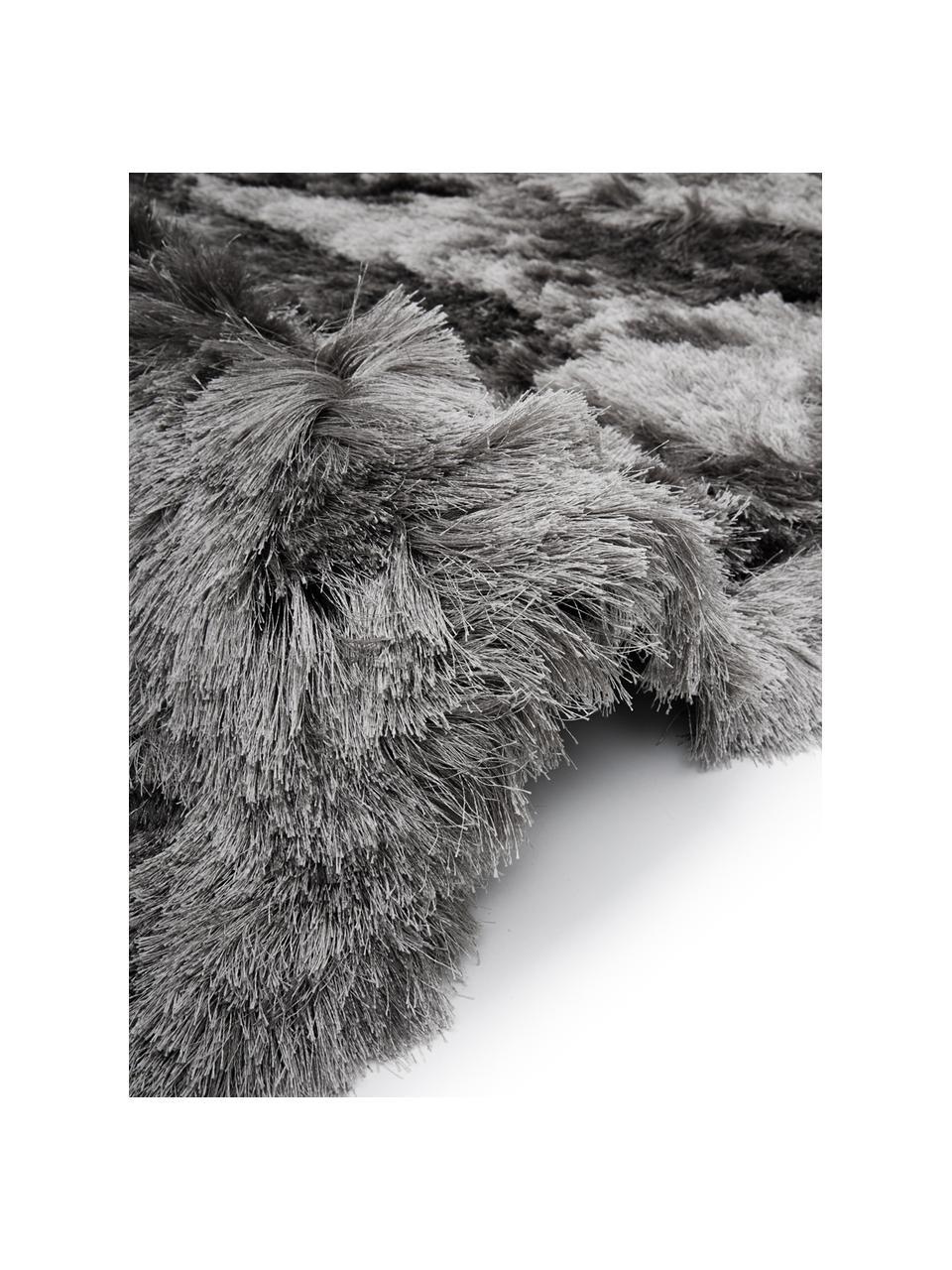 Alfombra de pelo largo brillante Jimmy, Parte superior: 100%poliéster, Reverso: 100%algodón, Gris claro, An 300 x L 400 cm (Tamaño XL)
