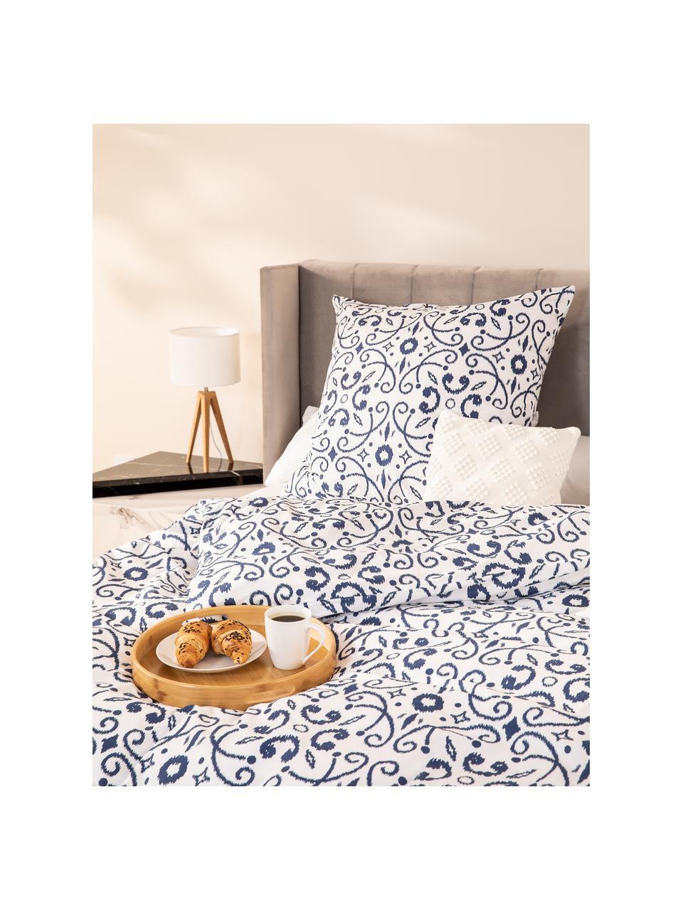 Baumwoll-Bettwäsche Ashley in Blau/Weiß, Webart: Renforcé, Weiß, Blau, 240 x 220 cm