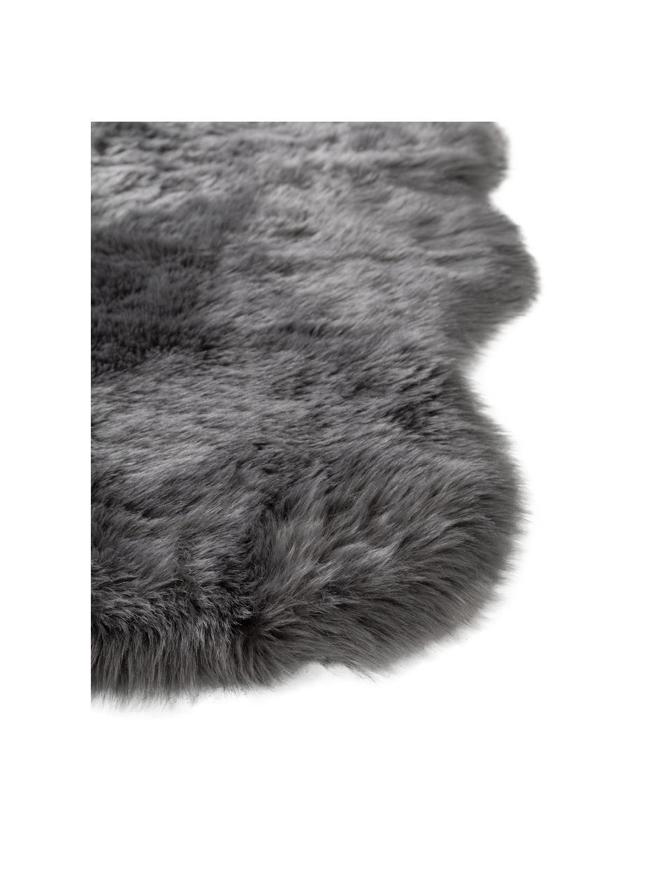 Flauschiger Kunstfell-Teppich Elmo in Grau, glatt, Flor: 50% Acryl, 50% Polyester, Grau, B 140 x L 200 cm (Größe S)