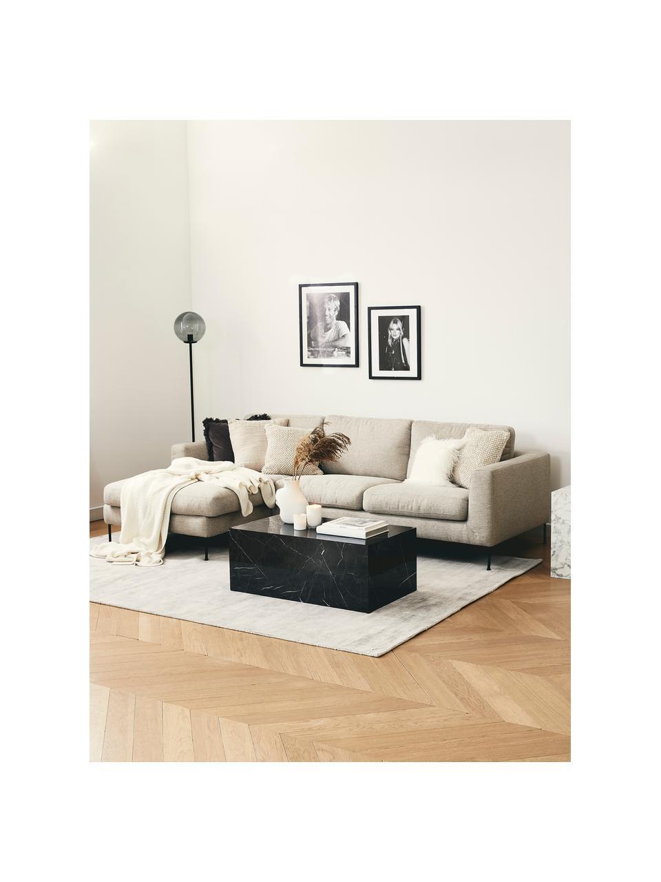 Hoekbank Cucita (4-zits) in beige met metalen poten, Bekleding: geweven stof (polyester), Frame: massief grenenhout, Poten: gelakt metaal, Geweven stof beige, B 302 x D 163 cm