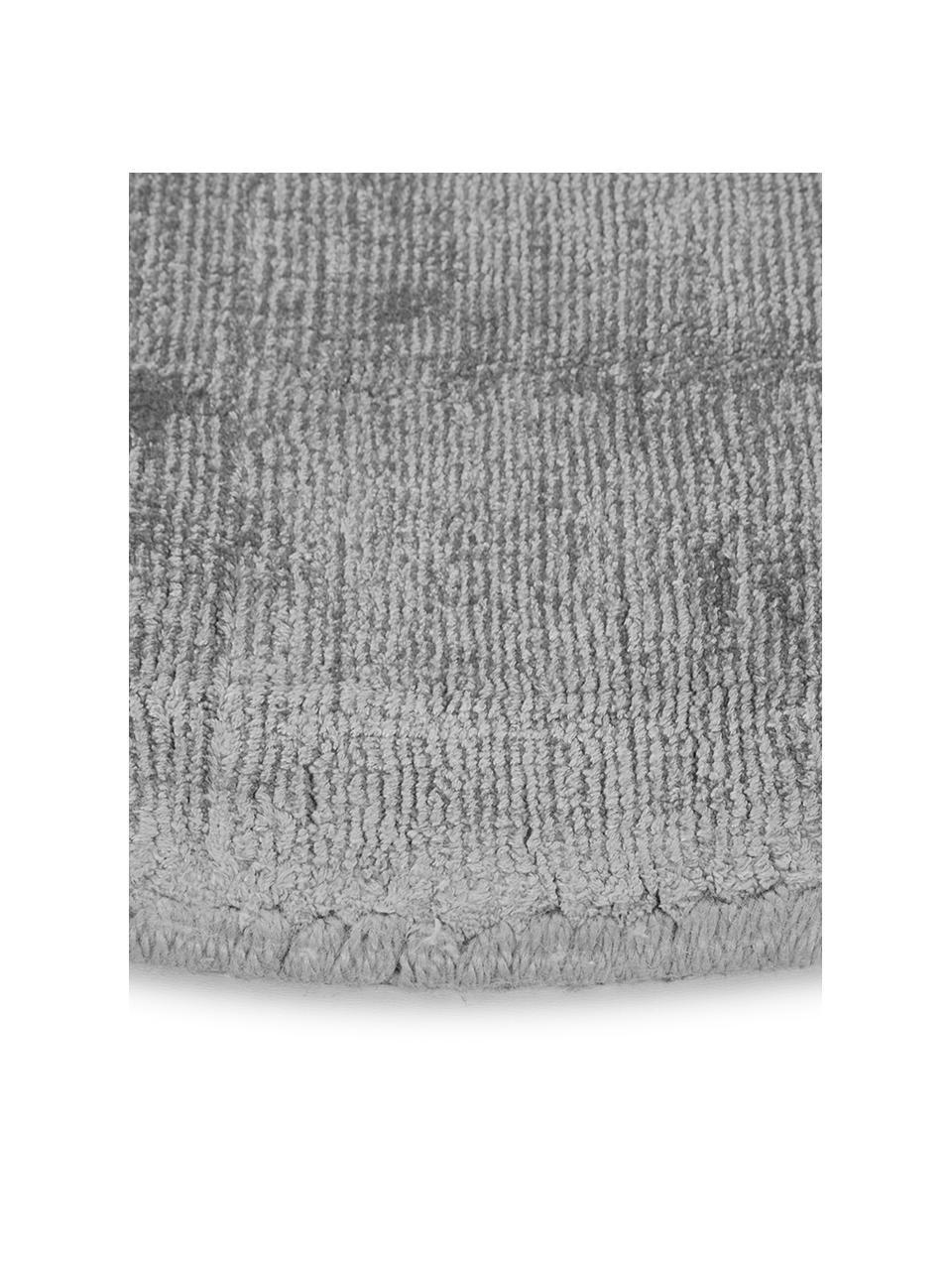 Rond viscose vloerkleed Jane in grijs, handgeweven, Bovenzijde: 100% viscose, Onderzijde: 100% katoen, Grijs, Ø 200 cm (maat L)