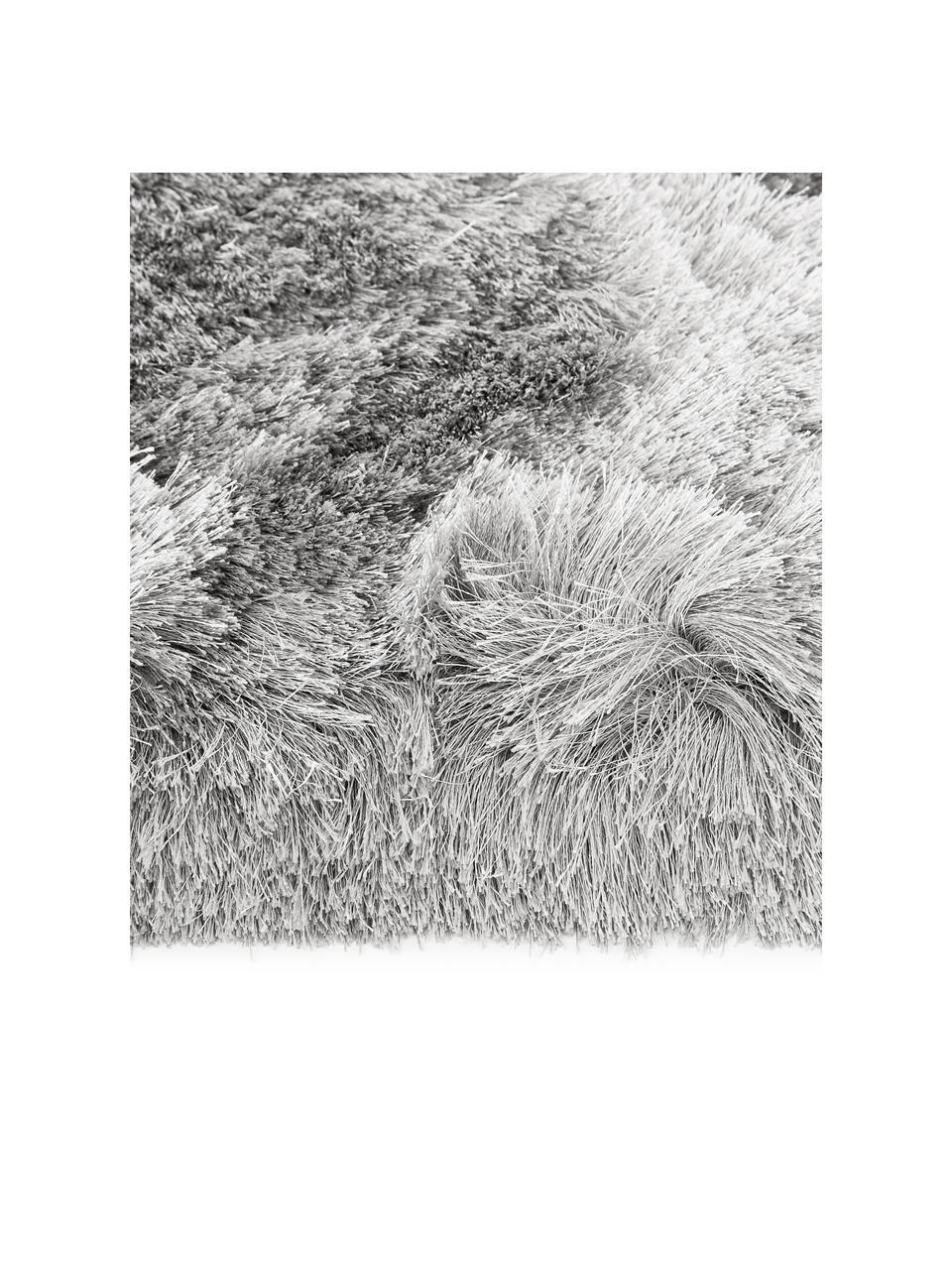 Glanzend hoogpolig  vloerkleed Jimmy in lichtgrijs, Bovenzijde: 100% polyester, Onderzijde: 100% katoen, Lichtgrijs, B 300 x L 400 cm (Maat XL)