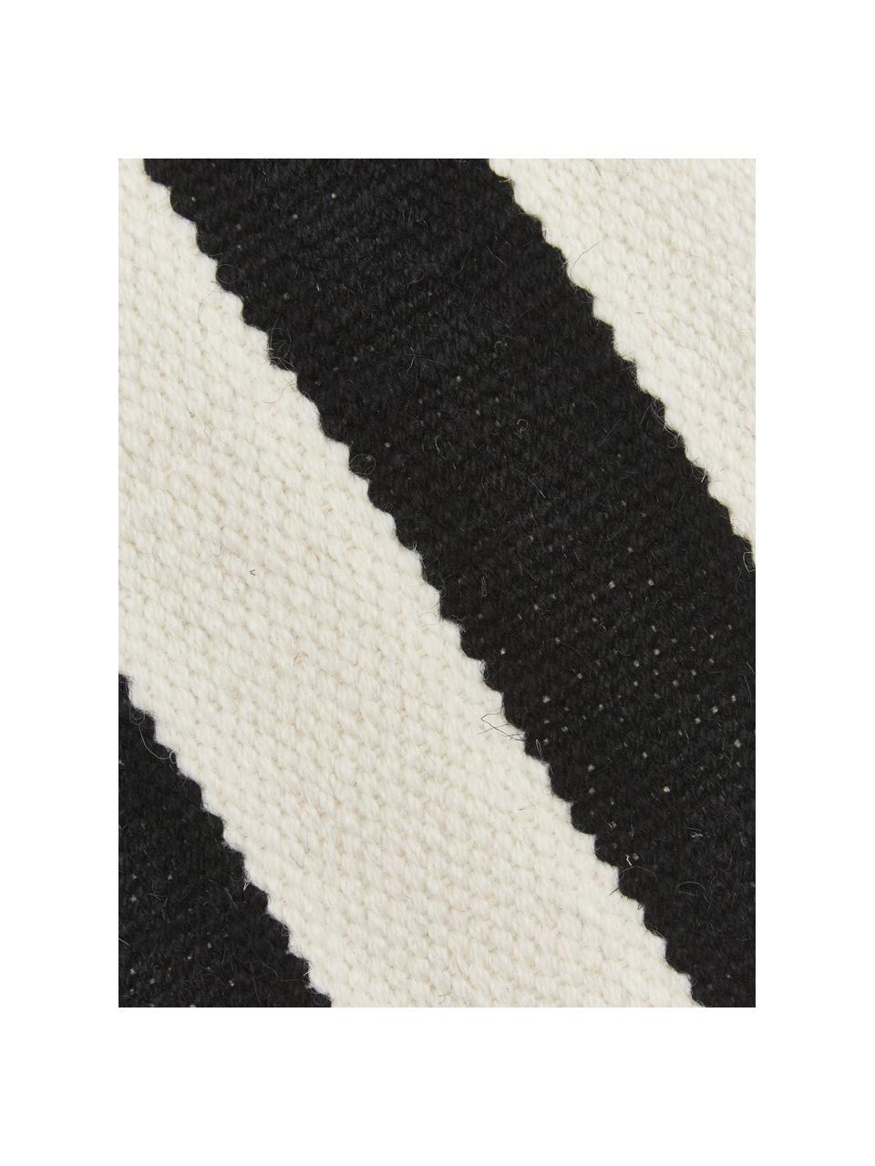Handgeweven Kelim vloerkleed Donna met strepen, Bovenzijde: 80% wol, 20% nylon, Onderzijde: 100% katoen Bij wollen vl, Zwart, B 80 x L 150 cm (maat XS)