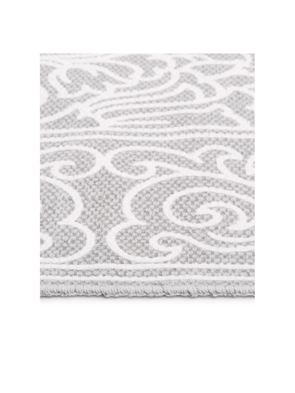 Vzorovaný bavlnený koberec so strapcami Salima, ručne tkaný, Svetlosivá, krémovobiela