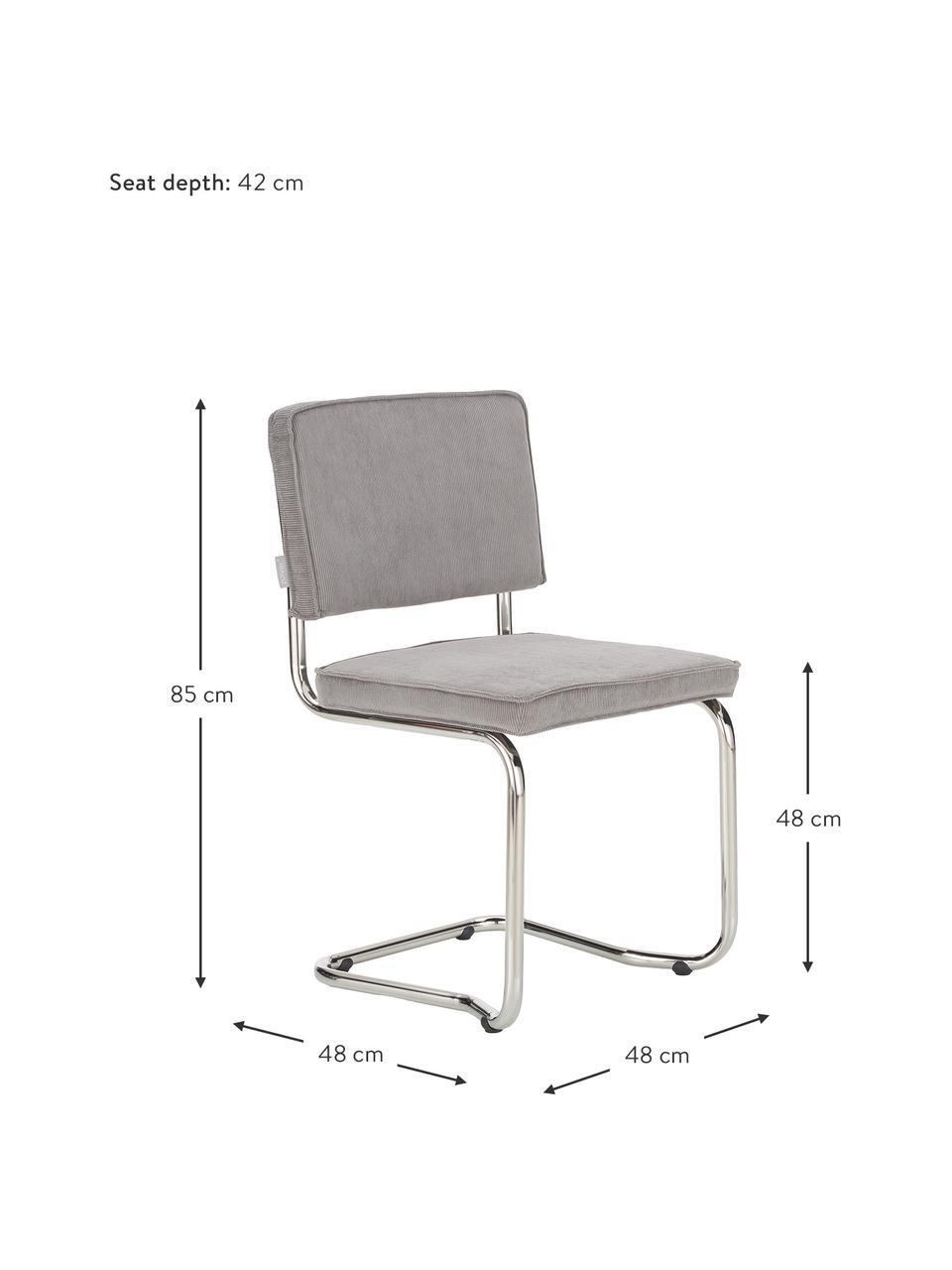 Sedia cantilever  in velluto a coste grigio chiaro Kink, Rivestimento: 88% nylon, 12% poliestere, Struttura: metallo cromato, Velluto a coste grigio chiaro, Larg. 48 x Prof. 48 cm