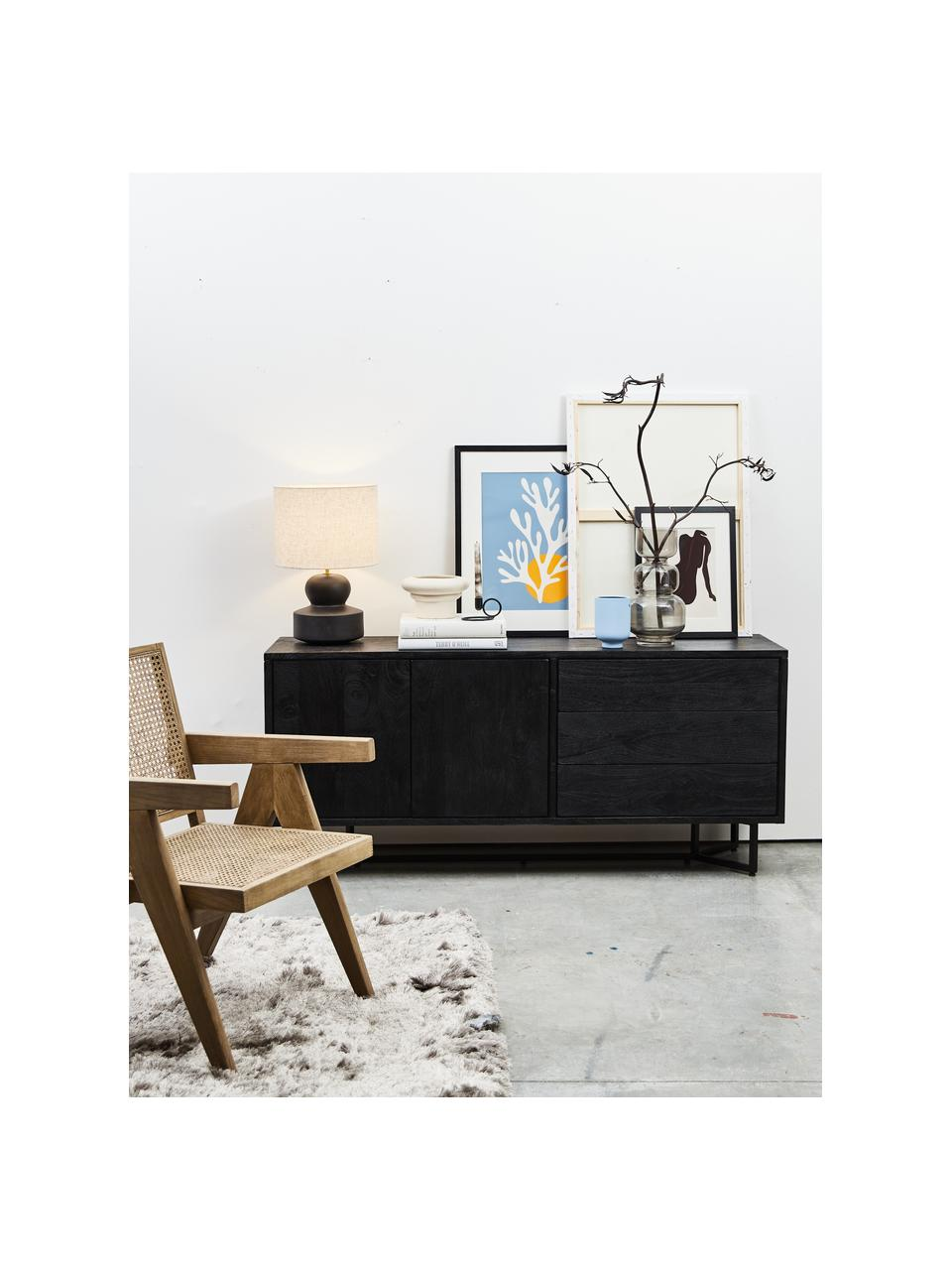 Credenza in legno di mango massiccio con ante Luca, Struttura: metallo verniciato a polv, Corpo: nero verniciato Struttura: nero opaco, Larg. 160 x Alt.70 cm