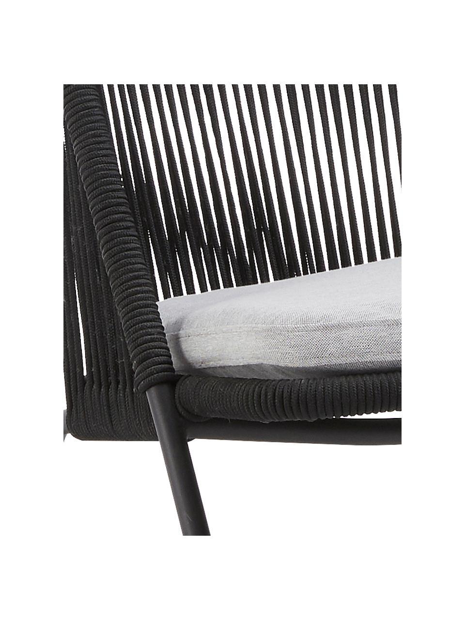 Fauteuil Shann met kunststoffen vlechtwerk, Zitvlak: polyethyleen vlechtwerk, Frame: gepoedercoat metaal, Zwart, lichtgrijs, B 63 x D 73 cm