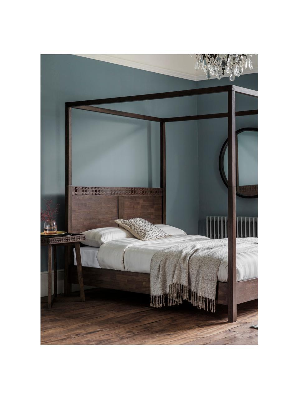 Łóżko drewniane z baldachimem Retreat, Drewno mangowe z fornirowanymi kawałkami drewna tekowego, drewno mahoniowe, drewno mindi, Odcienie ciemnego brązowego, S 180 x D 200 cm