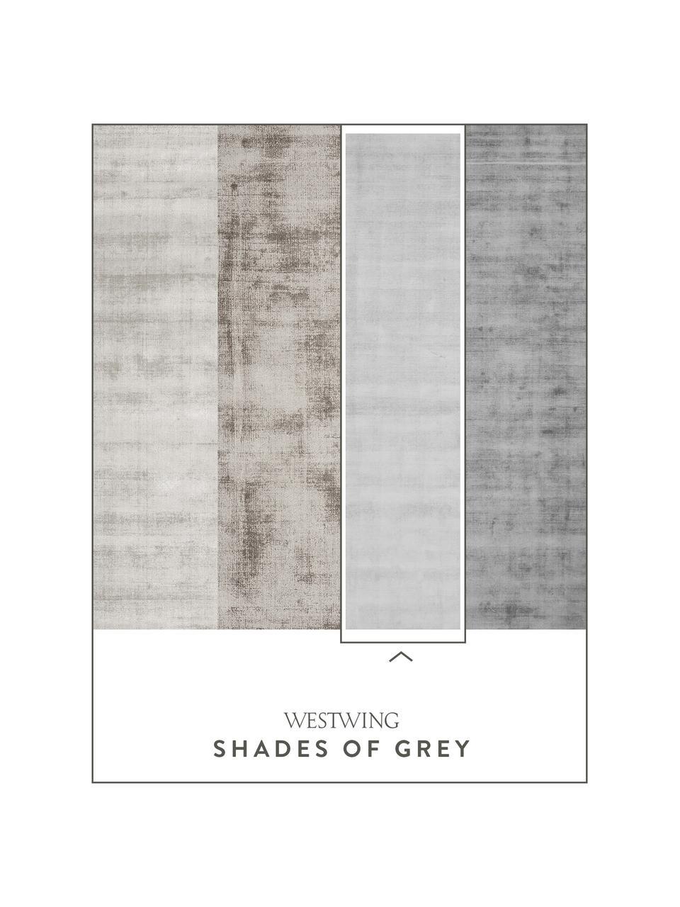 Ręcznie tkany dywan z wiskozy Jane, Srebrnoszary, S 160 x D 230 cm (Rozmiar M)
