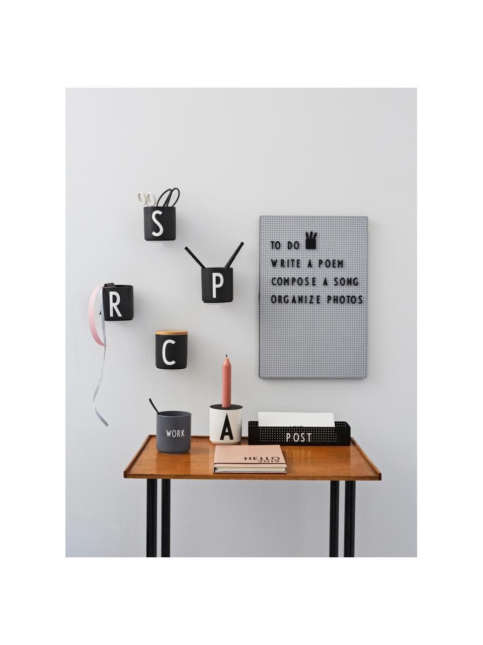 Design Becher Favourite WORK in Dunkelgrau mit Schriftzug, Fine Bone China (Porzellan) Fine Bone China ist ein Weichporzellan, das sich besonders durch seinen strahlenden, durchscheinenden Glanz auszeichnet., Grau, Weiß, Ø 8 x H 9 cm