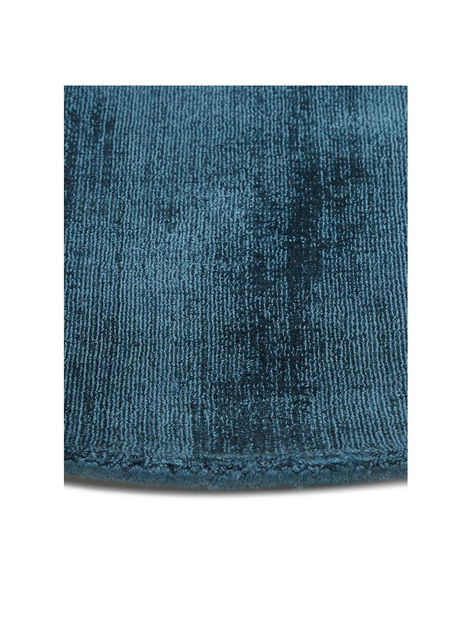 Rond viscose vloerkleed Jane in donkerblauw, handgeweven, Bovenzijde: 100% viscose, Onderzijde: 100% katoen, Donkerblauw, Ø 200 cm (maat L)
