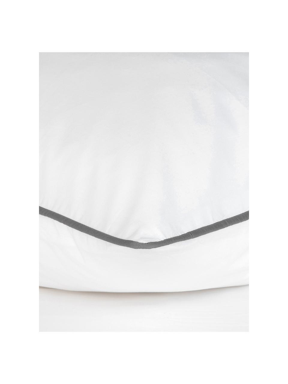 Baumwollperkal-Bettwäsche Daria in Weiß mit Keder, Webart: Perkal Fadendichte 200 TC, WeißKederumrandung: Dunkelgrau, 135 x 200 cm + 1 Kissen 80 x 80 cm