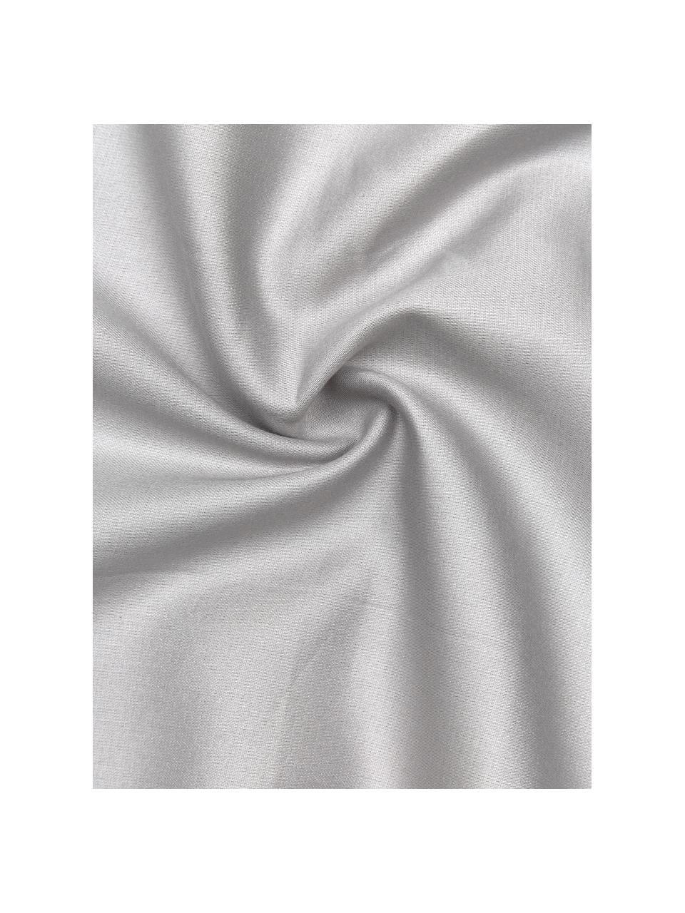 Bambus-Bettwäsche Skye in Grau, 55% Bambus, 45% Baumwolle  Fadendichte 400 TC, Premium Qualität  Bambus ist hypoallergen und antibakteriell. Daher eignet das Material sich hervorragend für empfindliche Haut. Es ist amungsaktiv und absorbiert Feuchtigkeit, um so die Körpertemperatur im Schlaf zu regulieren., Grau, 240 x 220 cm + 2 Kissen 80 x 80 cm