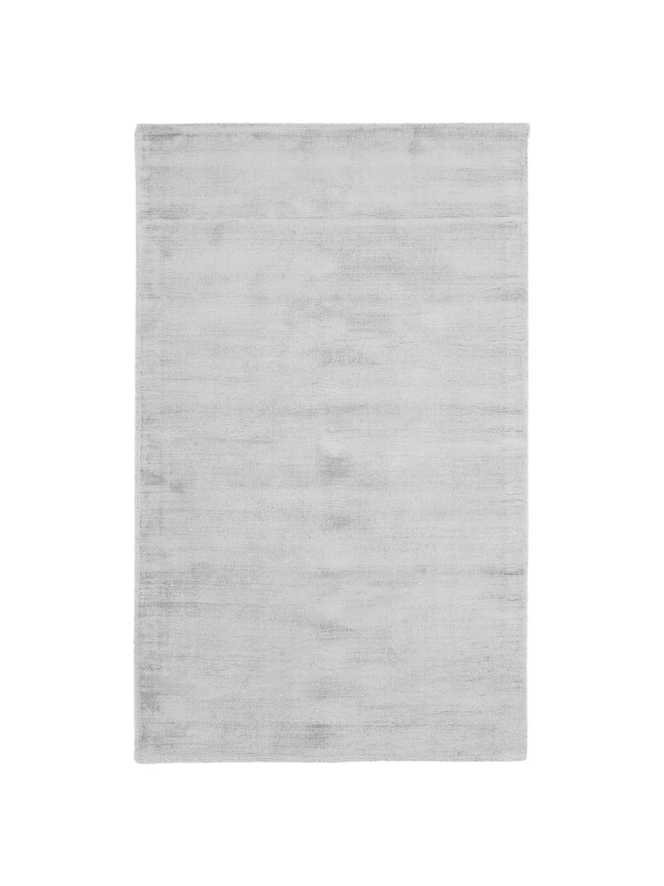 Tappeto in viscosa color grigio argento tessuto a mano Jane, Retro: 100% cotone, Grigio argento, Larg. 160 x Lung. 230 cm  (taglia M)