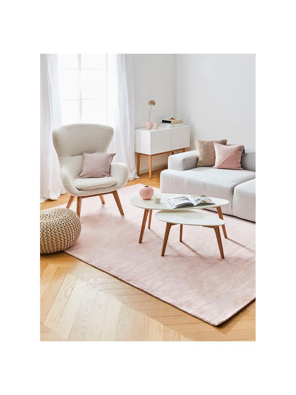 Teddy fauteuil Wing in crèmewit met houten poten, Bekleding: polyester (teddy), Poten: gelakt massief hout met e, Crèmewit, B 77 x D 89 cm