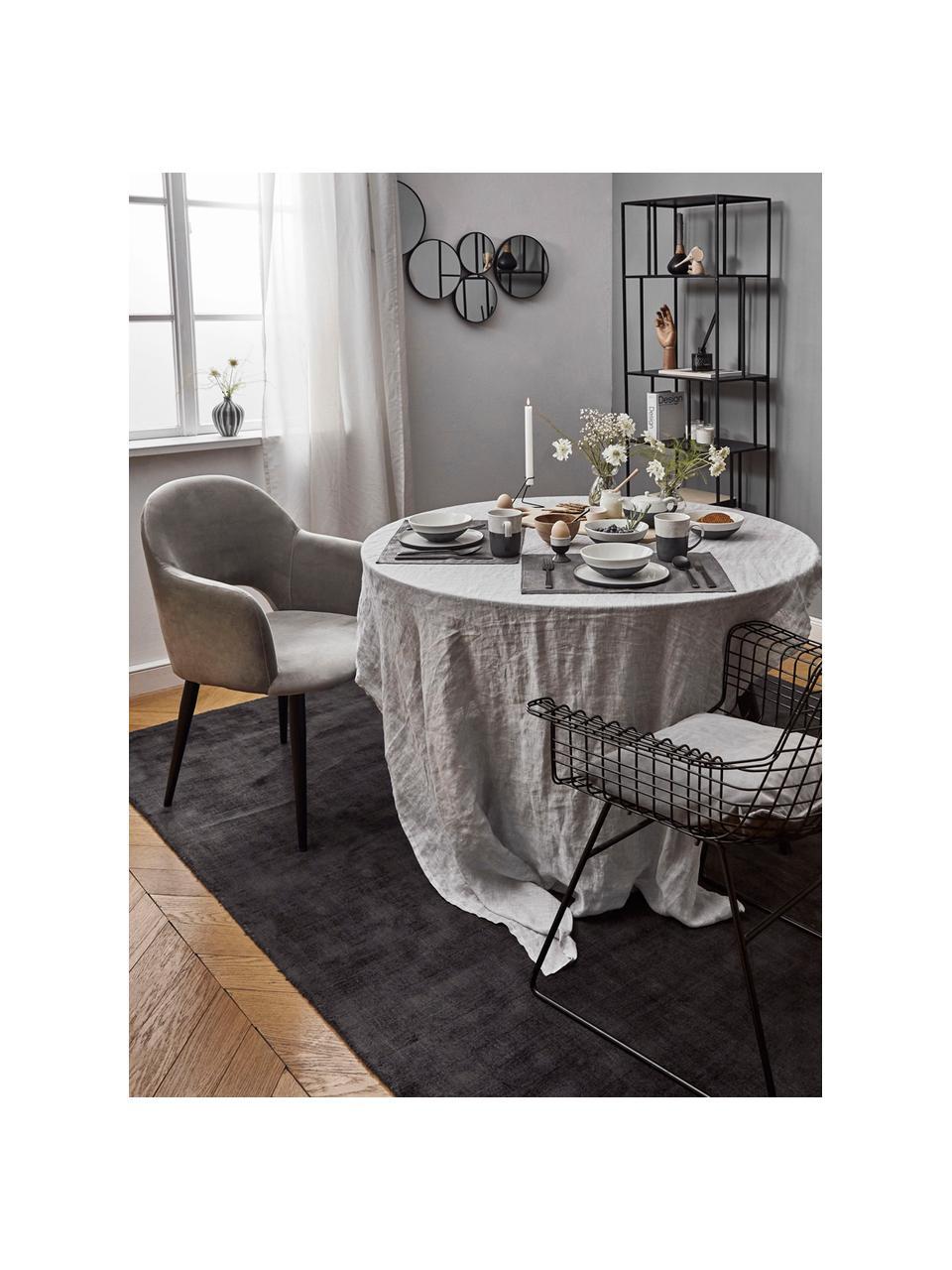 Fluwelen armstoel Rachel, Bekleding: fluweel (polyester), Poten: gepoedercoat metaal, Fluweel staalgrijs, B 56 x D 70 cm