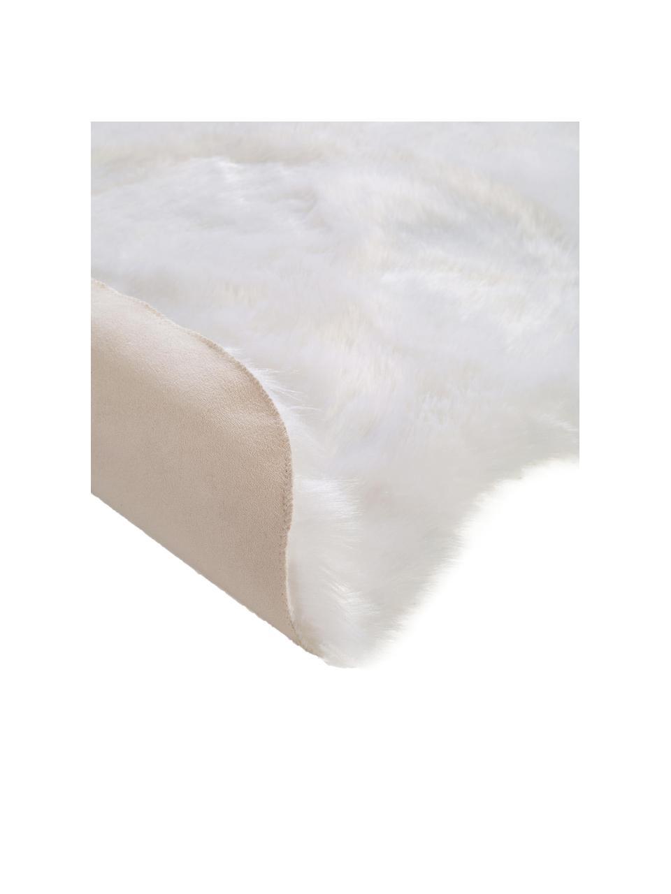 Pluizige imitatie schapenvacht Elmo in wit, glad, Bovenzijde: 50% acryl, 50% polyester, Onderzijde: polyester, Wit, B 140 x L 200 cm (maat S)