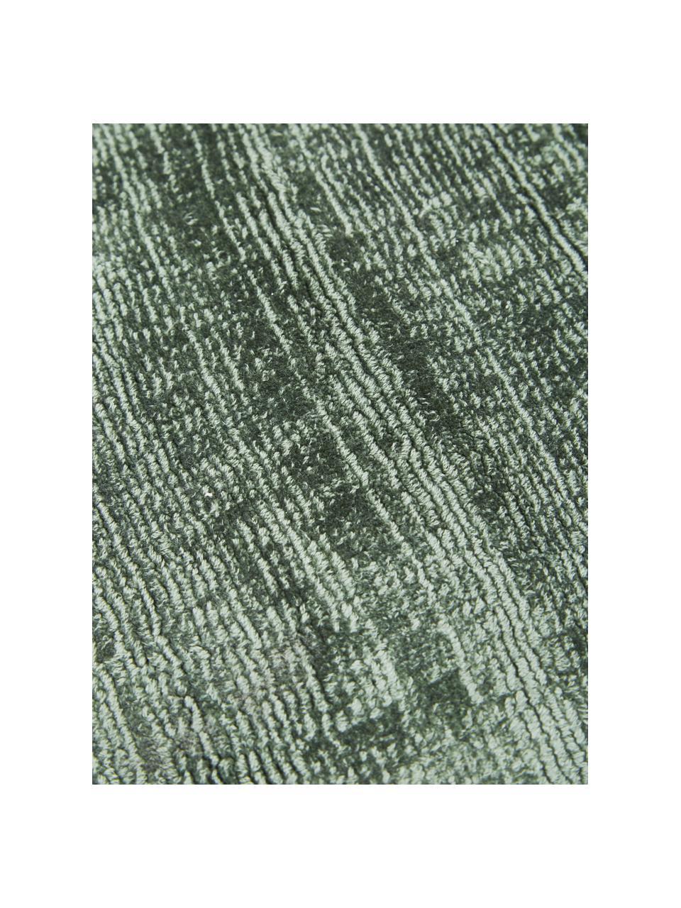 Alfombra artesanal de viscosa Jane, Parte superior: 100%viscosa, Reverso: 100%algodón, Verde, An 300 x L 400 cm (Tamaño XL)