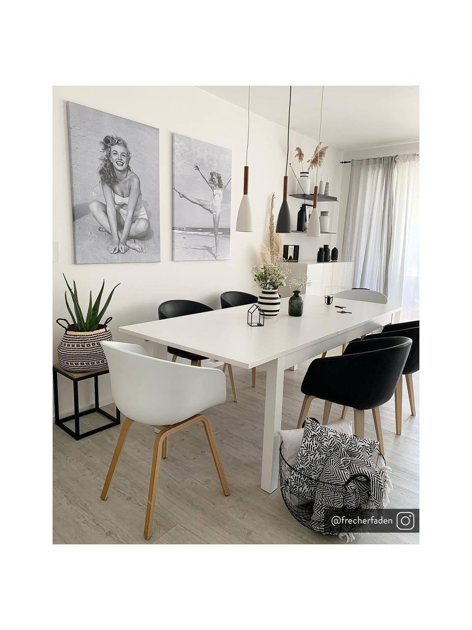 Kunststoffen armstoel Claire met houten poten, Zitvlak: kunststof, Poten: beukenhout, Zwart, 60 x 54 cm