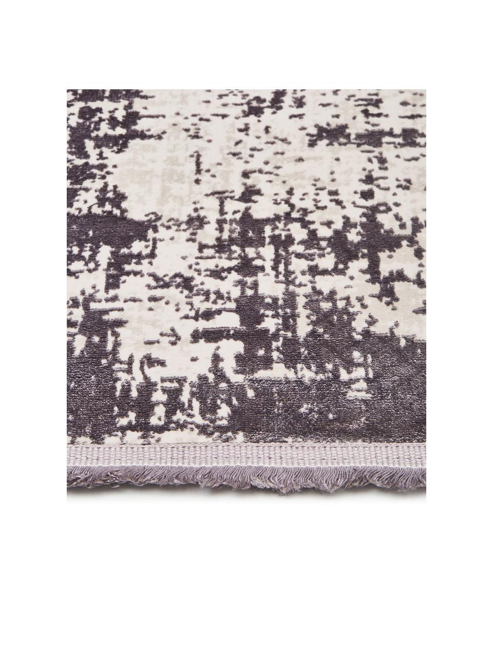 Passatoia vintage con frange effetto lucido Cordoba, Retro: 100% cotone, Grigio chiaro, grigio scuro, Larg. 80 x Lung. 300 cm