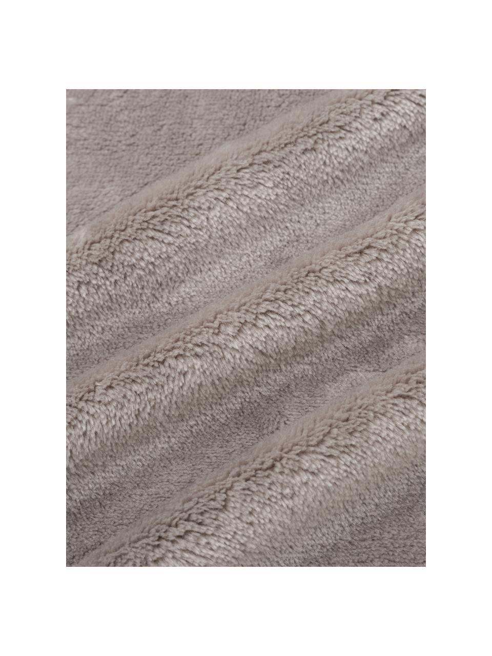 Kuscheldecke Bomla in Taupe mit Pompoms, 100% Polyester, Taupe, 130 x 170 cm