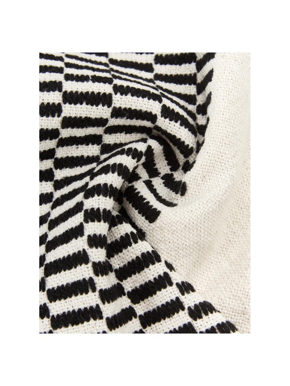 Baumwoll-Kissenhülle Okiro mit Quasten in Schwarz/Beige, 100% Baumwolle, Beige,Schwarz, 45 x 45 cm