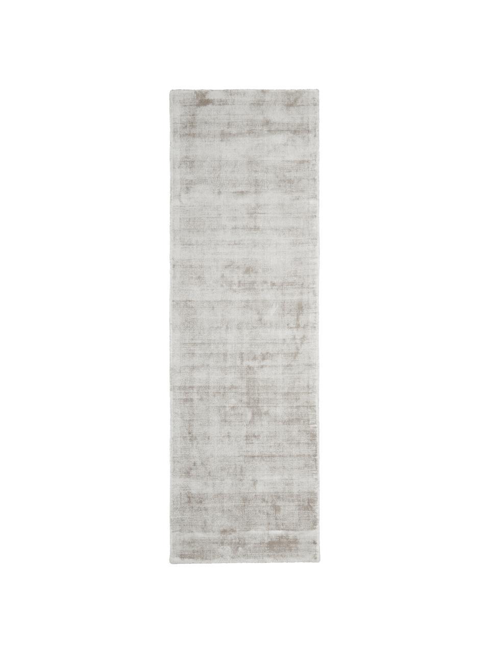 Handgeweven viscose loper Jane in lichtgrijs-beige, Bovenzijde: 100% viscose, Onderzijde: 100% katoen, Lichtgrijs-beige, 80 x 250 cm