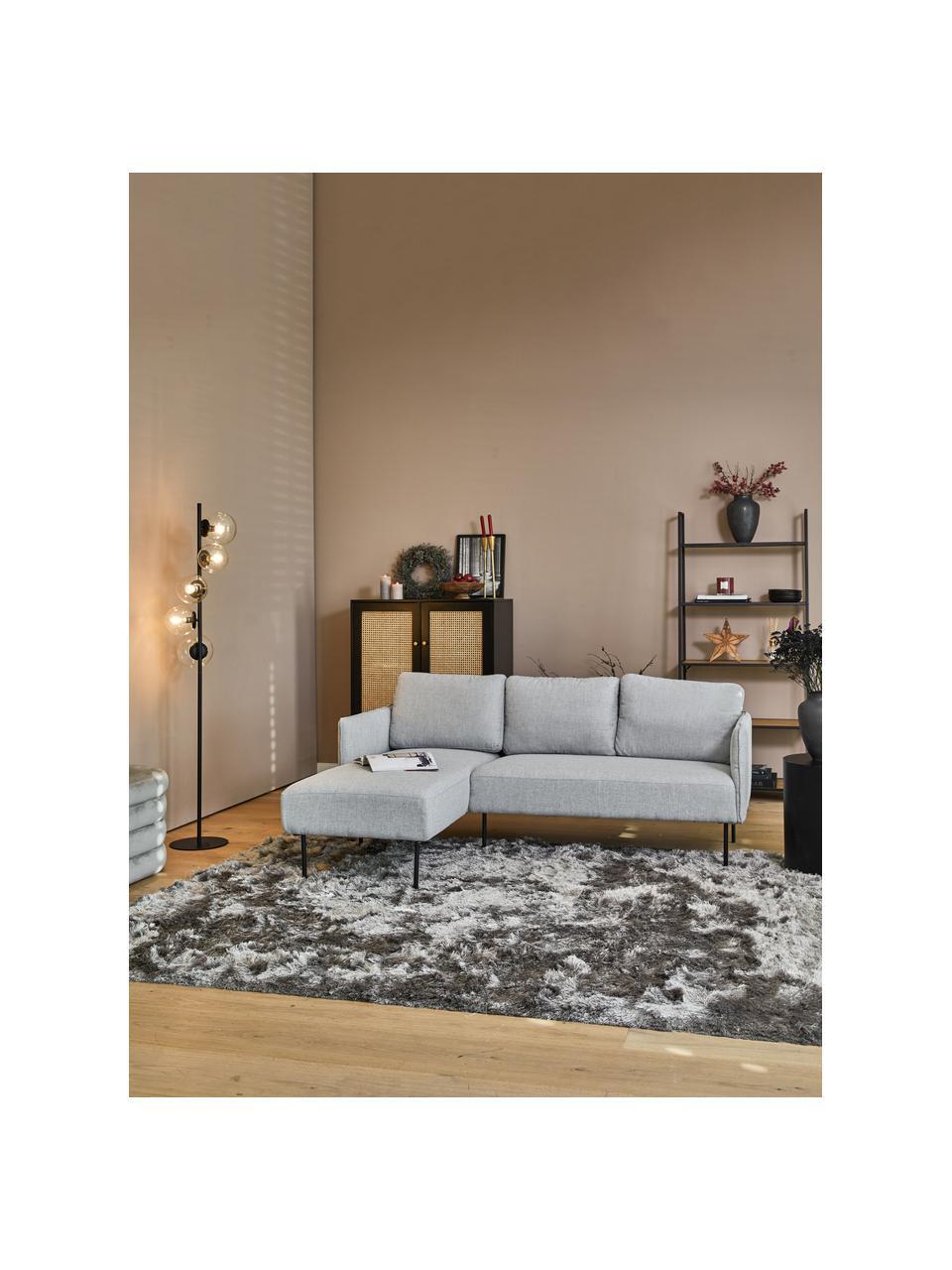 Hoekbank Ramira in lichtgrijs met metalen poten, Bekleding: polyester, Frame: massief grenenhout, multi, Poten: gepoedercoat metaal, Lichtgrijs, B 192 x D 139 cm