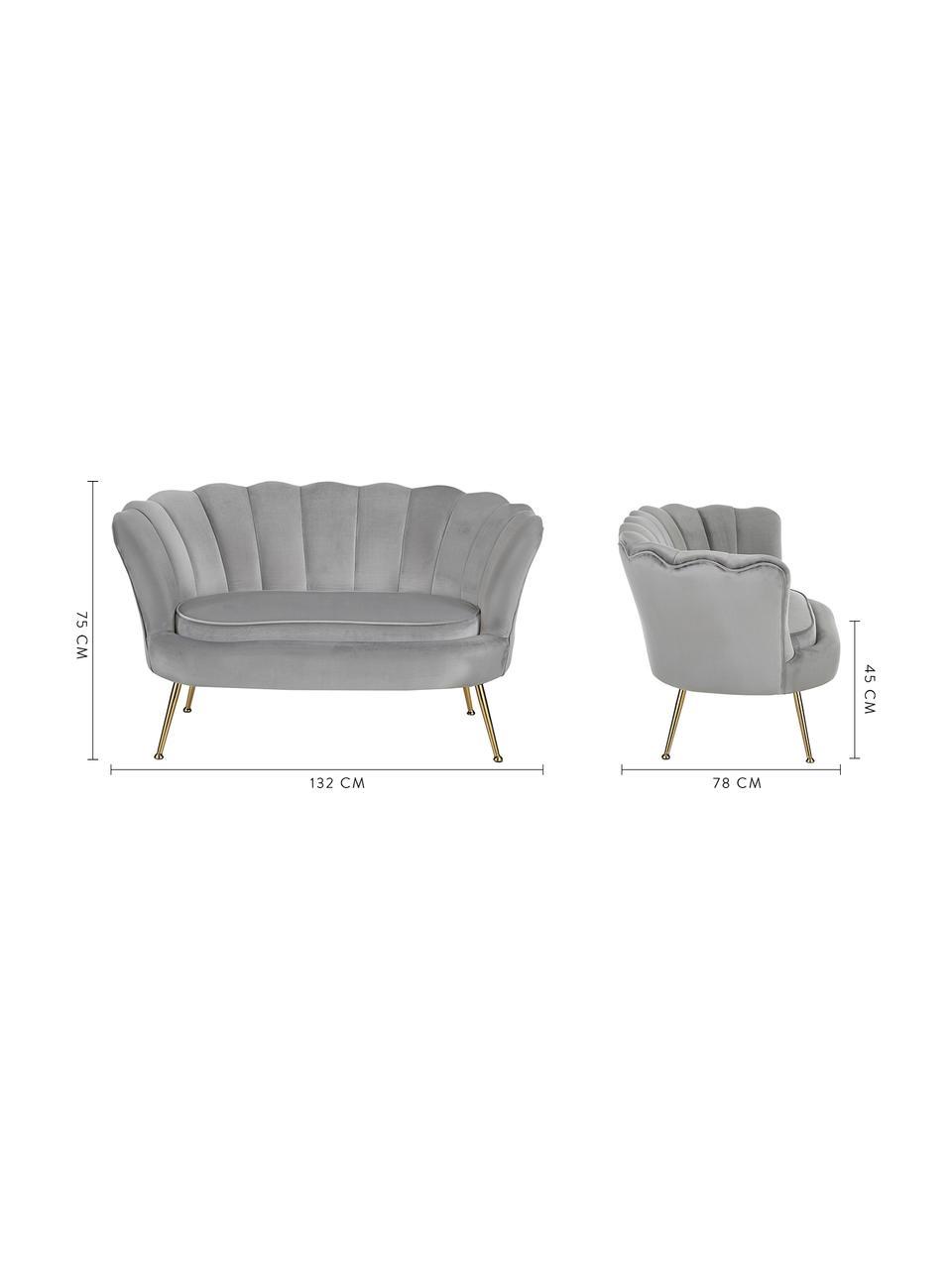 Fluwelen bank Oyster (2-zits) in grijs met metalen poten, Bekleding: fluweel (polyester), Frame: massief populierenhout, m, Poten: gegalvaniseerd metaal, Fluweel grijs, B 131 x D 78 cm