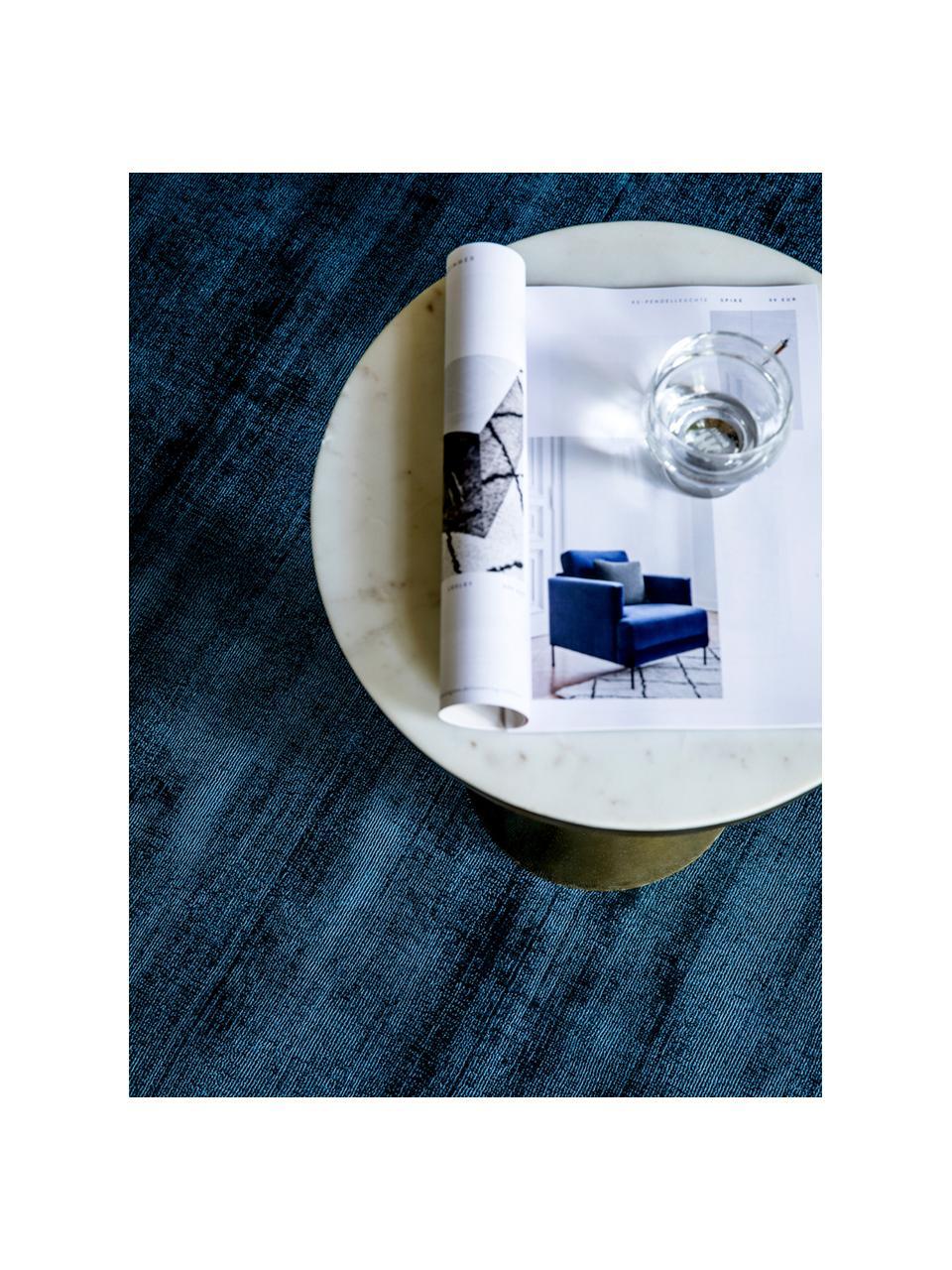 Ręcznie tkany dywan z wiskozy Jane, Ciemny niebieski, S 160 x D 230 cm (Rozmiar M)