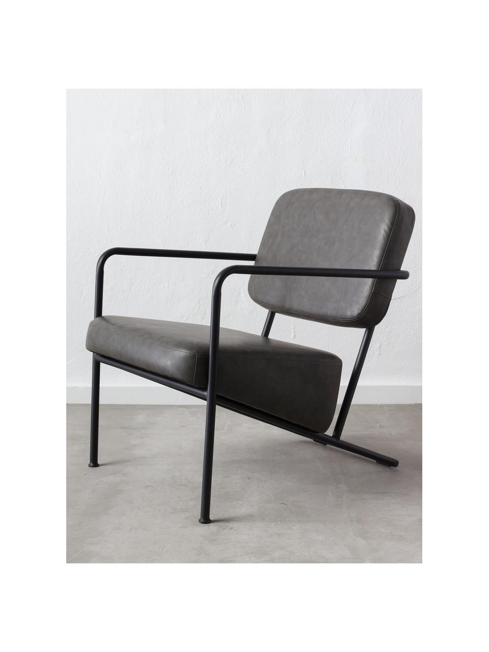 Fotel wypoczynkowy ze sztucznej skóry z metalową ramą Arms, Tapicerka: sztuczna skóra, Stelaż: drewno warstwowe, Szary, S 57 x G 76 cm