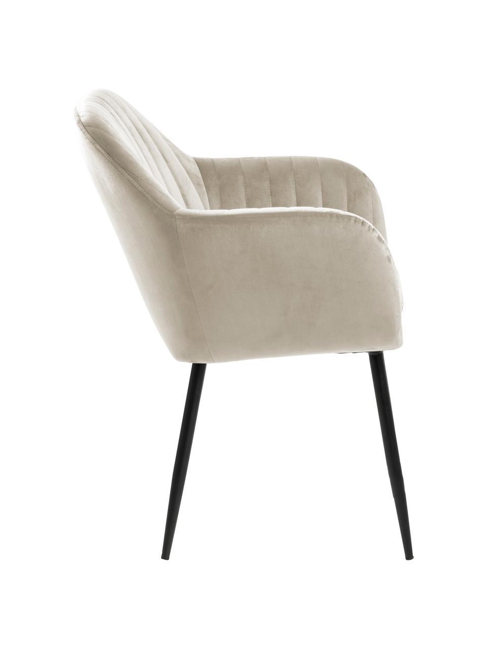 Krzesło z podłokietnikami z aksamitu i metalowymi nogami Emilia, Tapicerka: aksamit poliestrowy Dzięk, Nogi: metal lakierowany, Aksamitny beżowy, czarny, S 57 x G 59 cm