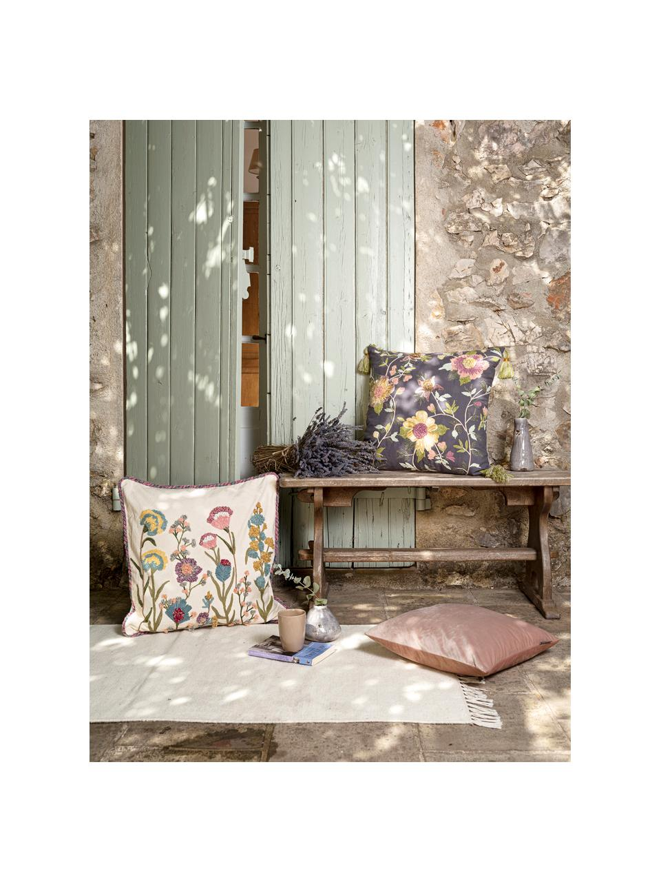 Kissenhülle Lilotte mit Blumenstickerei und Keder, Vorderseite: 80% Baumwolle, 10% Viskos, Rückseite: 100% Baumwolle, Beige, Mehrfarbig, 50 x 50 cm