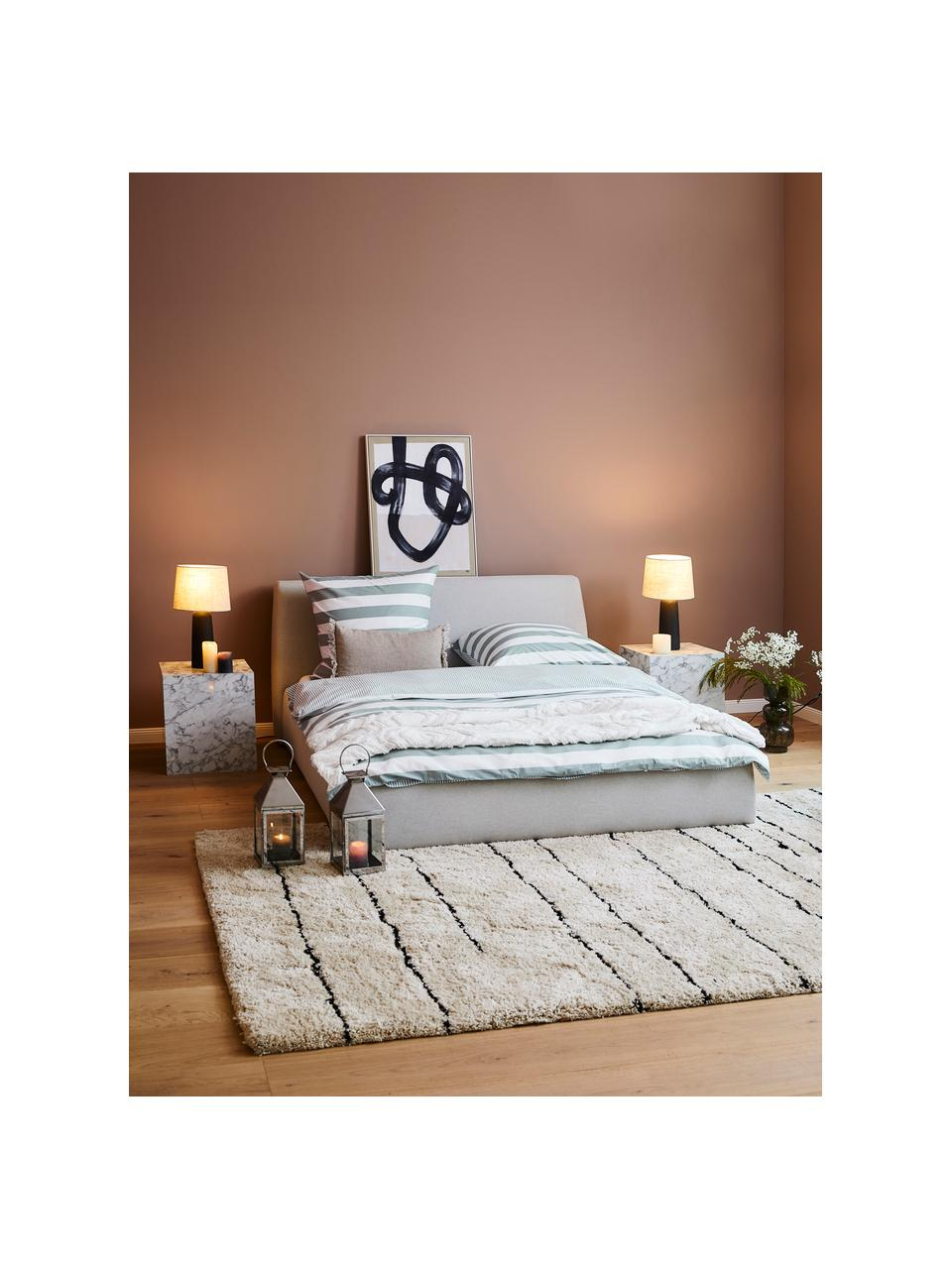 Gestoffeerd bed Cloud met opbergruimte in lichtgrijs, Frame: massief grenenhout en pla, Bekleding: Fijn gestructureerde gewe, Geweven stof lichtgrijs, 180 x 200 cm
